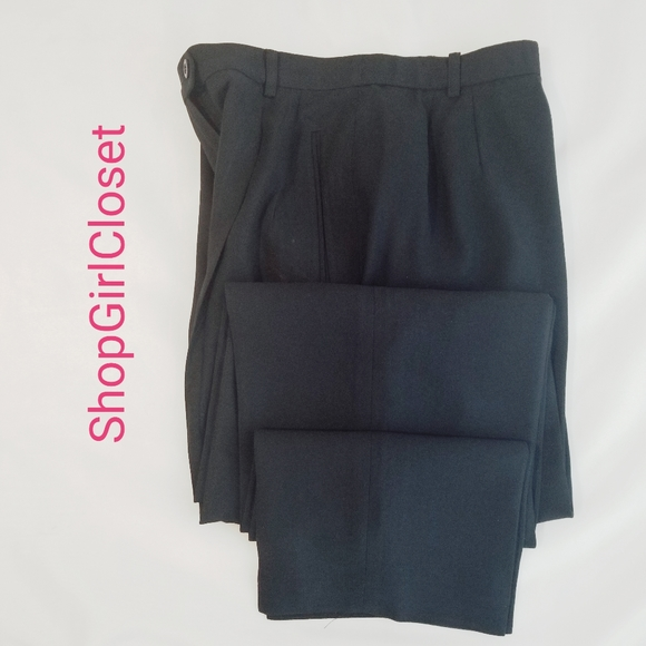 Liz Claiborne Lined Pants...Black..Sz 8